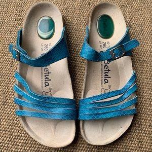 [Betula by Birkenstock]• burma snake print sandals
